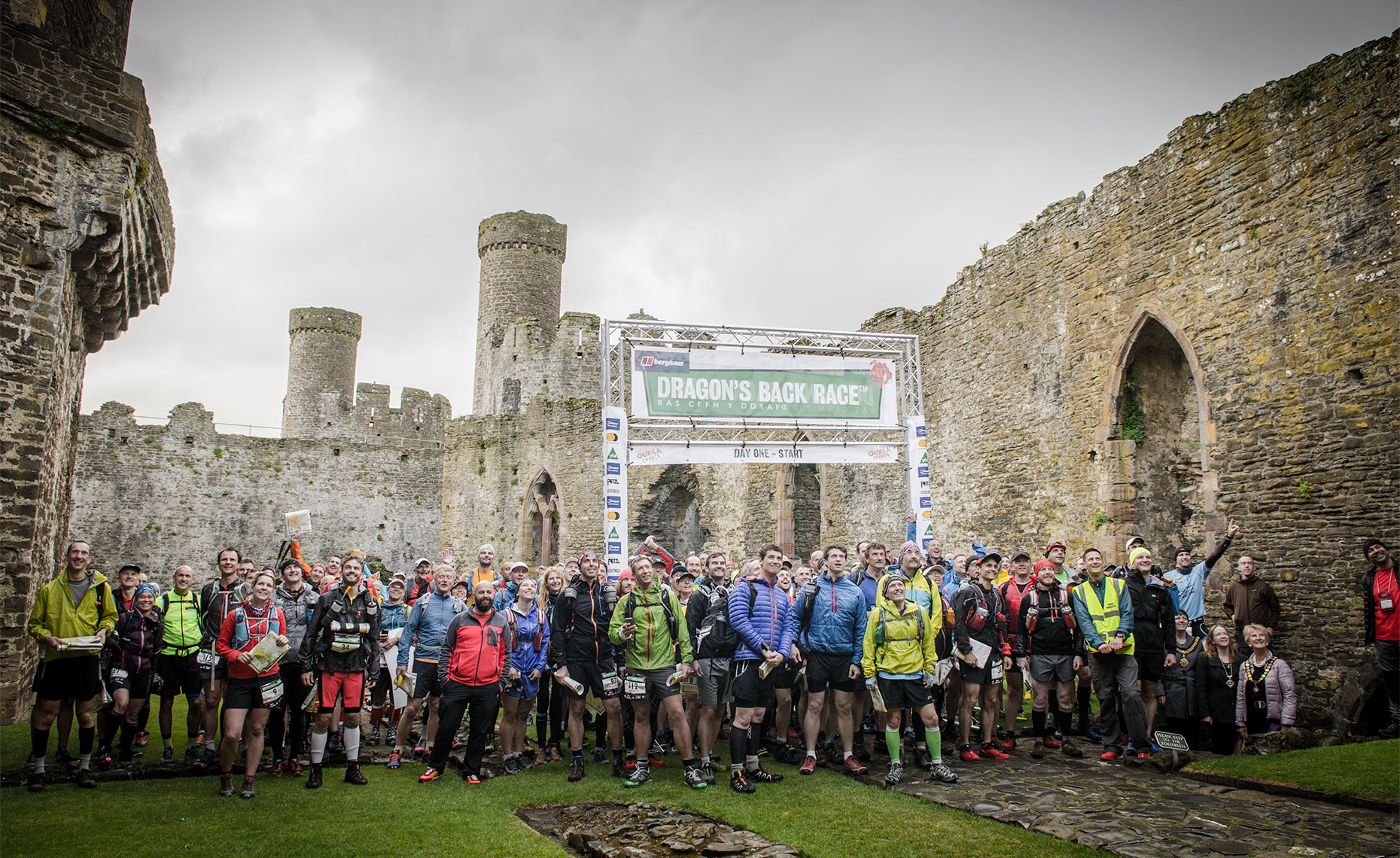 Berghaus Dragons Back Race 2015 start, Conwy Castle